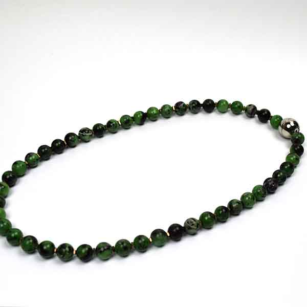 Grøn perlekæde fra Keramikkat.