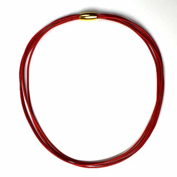 Halskæde med forgyldt lås fra Keramikkat.