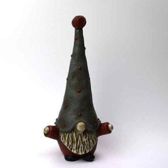 Nissen Hugo rød fra Keramikkat.